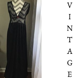 Vintage 70s 80s Black Negligee Nightgown